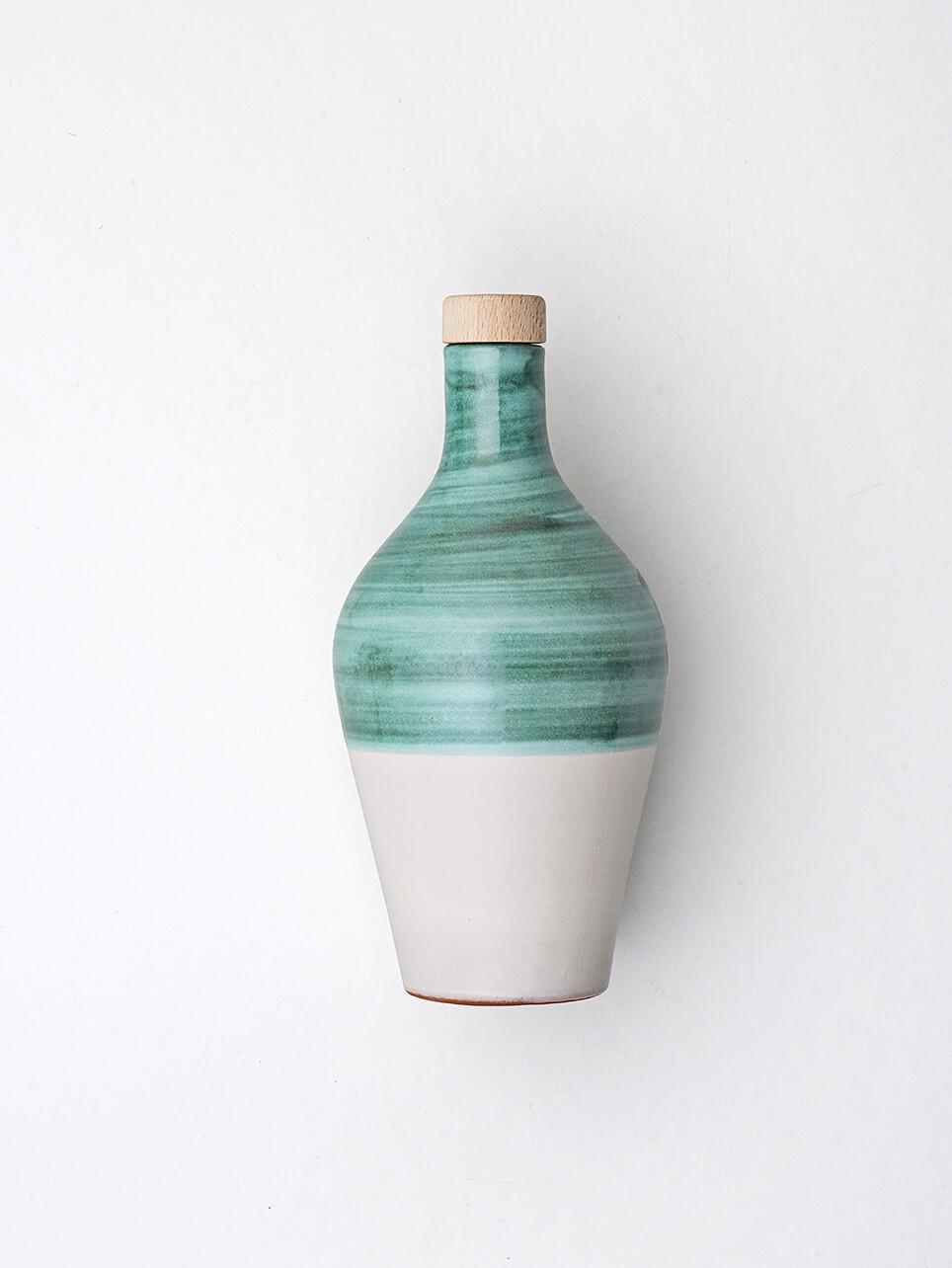 La Fiaschetta Extra Natives Olivenöl,  470ml Keramikkrug in Grün
