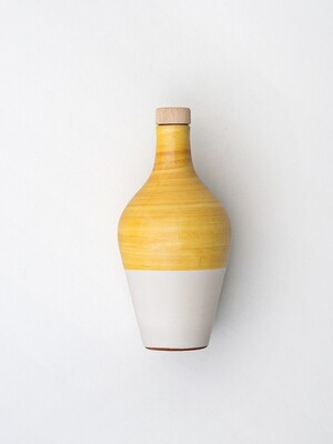 La Fiaschetta Extra Natives Olivenöl,  470ml Keramikkrug in Ocker Gelb