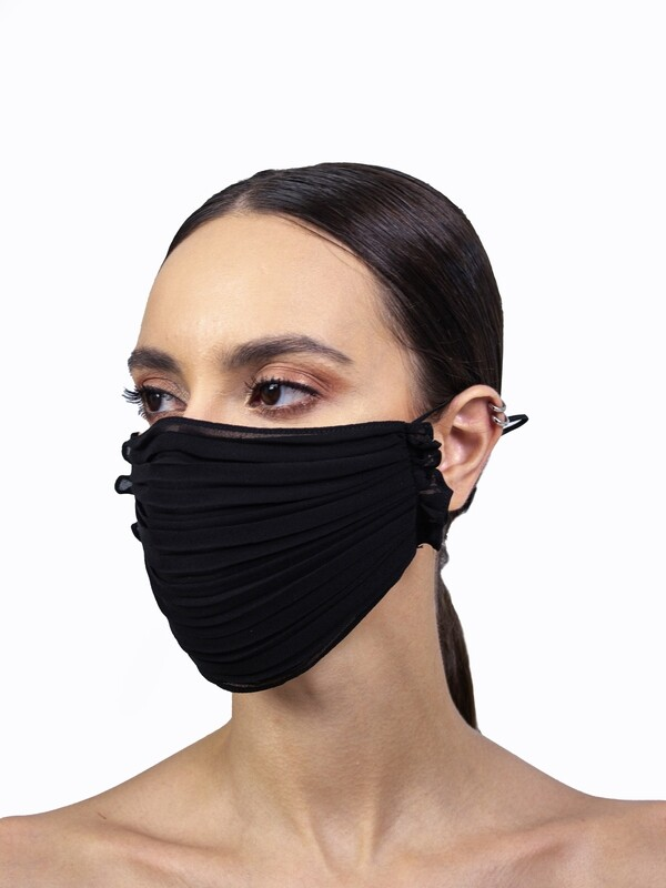 PLEATED FACE MASK - BLACK