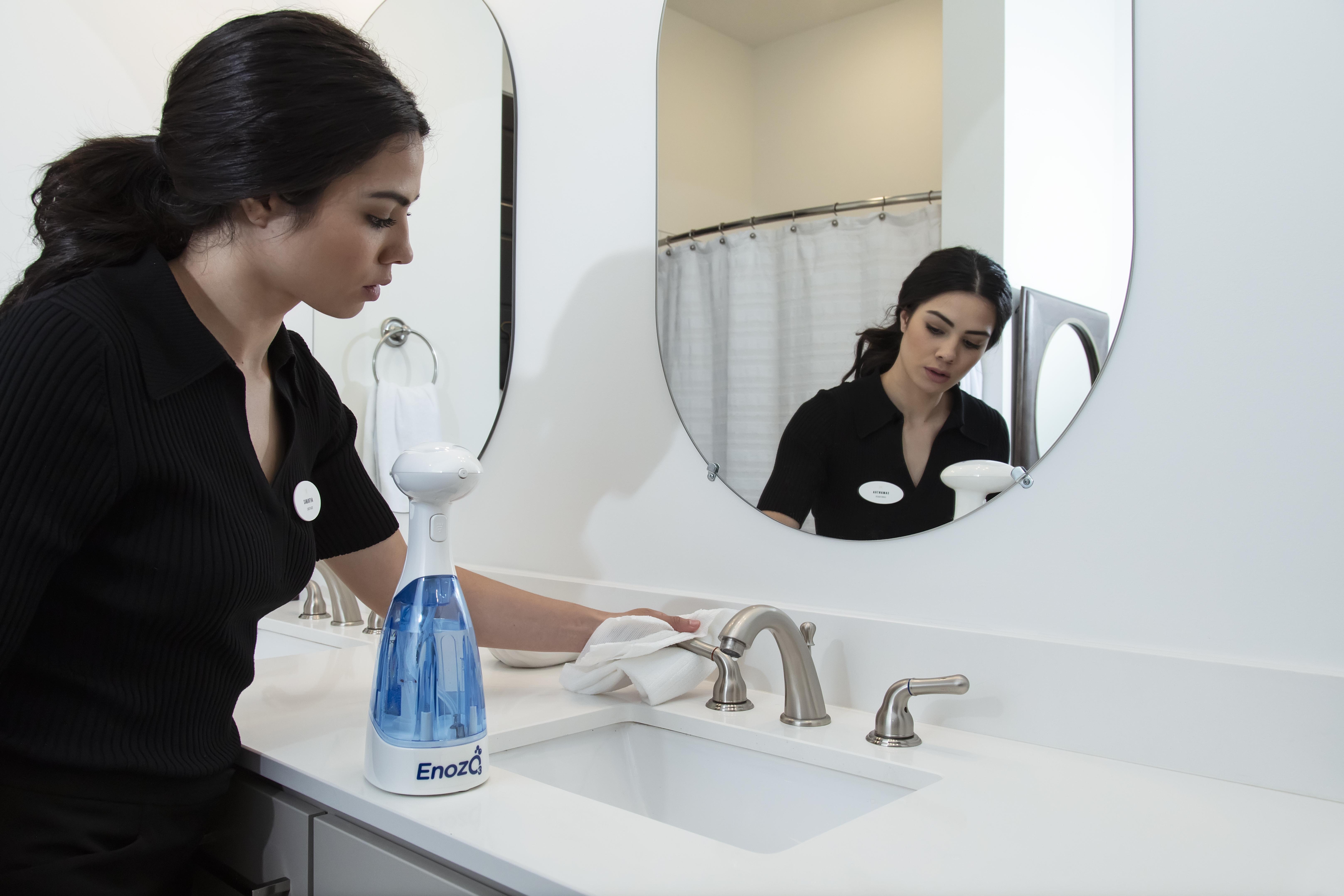 ENOZO PRO Reinigungs- und Desinfektionsgerät