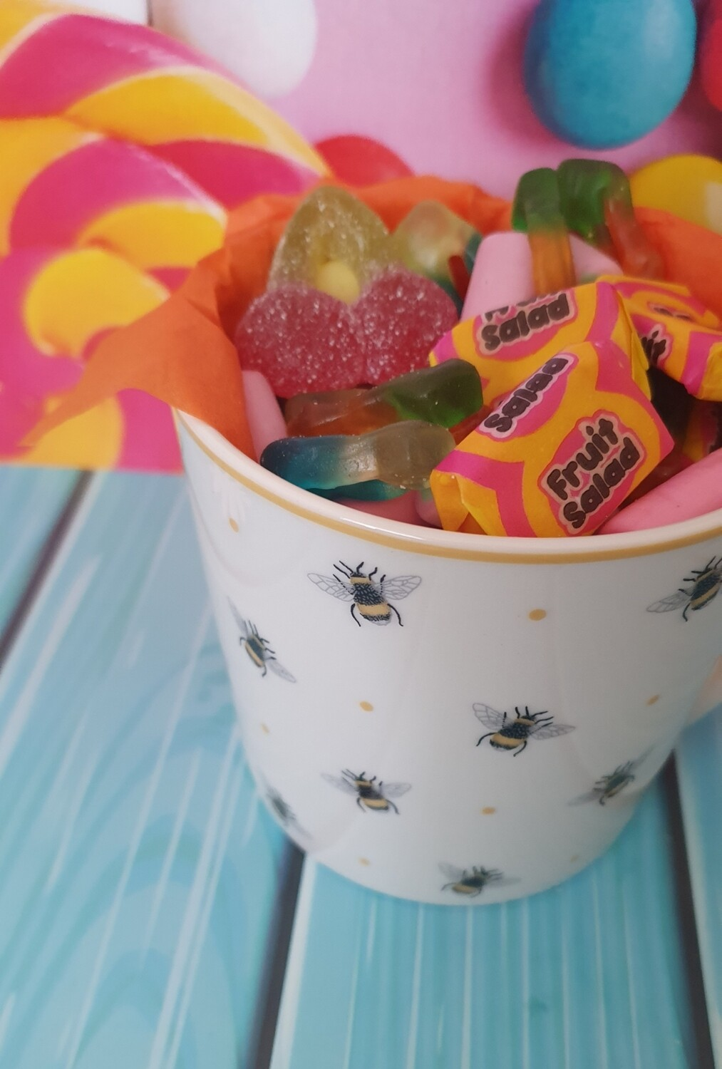 Sweet Filled Cup - Bee
