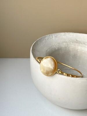 Позолоченный браслет с янтарем, размер 17,5