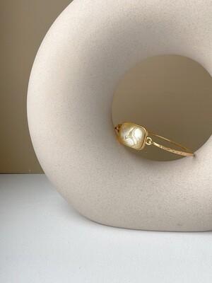 Позолоченный браслет с янтарем, размер 16.5