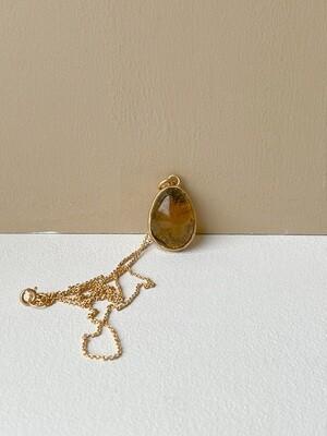 Позолоченная подвеска с янтарем. (45 см 5.52гр)
