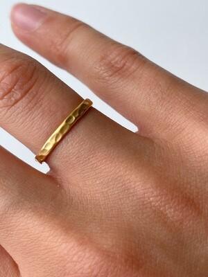 Позолоченное штабелируемое кольцо