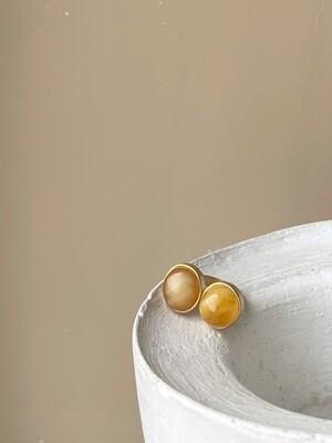Двойное кольцо с янтарем, размер 16,75