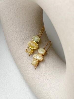Асимметричные серьги с янтарем Вес 6,08 гр.