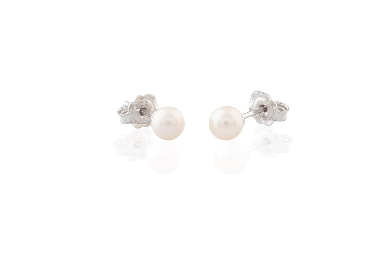 White Gold Pearls Earrings