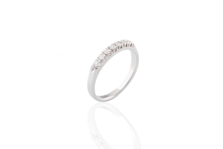 Seven Diamonds Ring