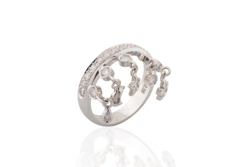 White Diamonds Pendant Ring