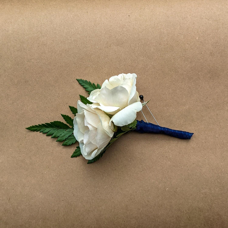 Spray Rose Boutonniere