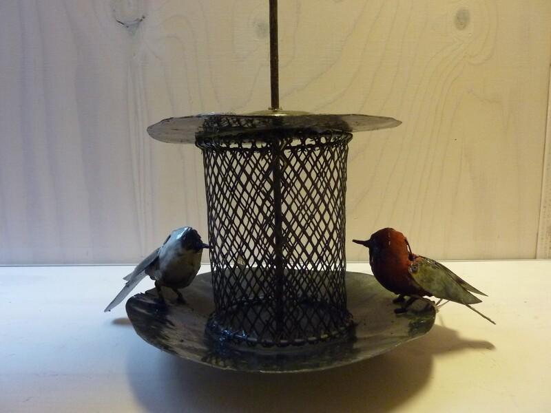 Vogel voeder plaats Scrapmetal Art