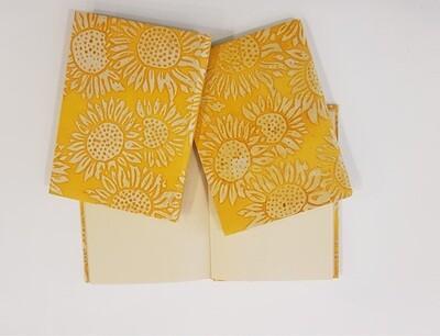 Notitieboekje met zonnebloemen