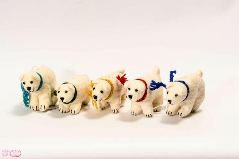 Vilten knuffel ijsbeertjes
