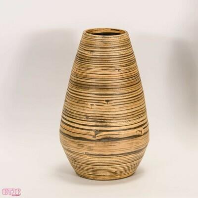 Vaas van natuurlijk materiaal