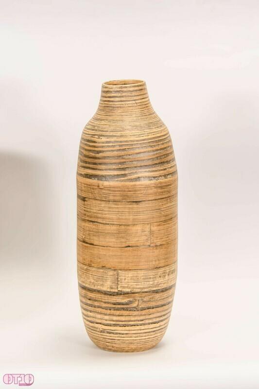 Slanke vaas van natuurlijk materiaal