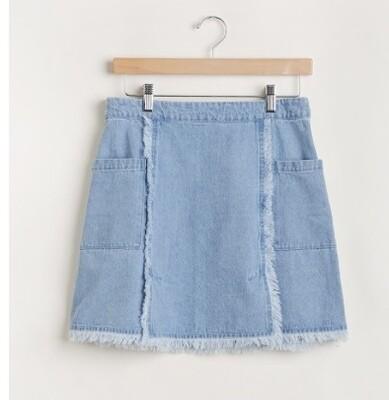 Frayed Hem Light Denim Skirt