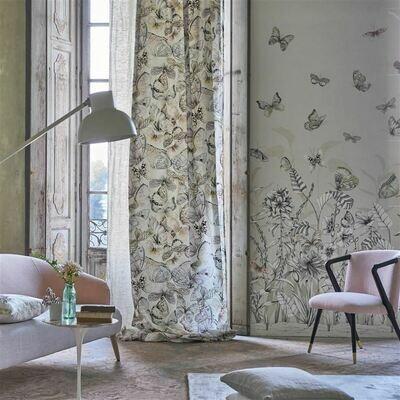 DESIGNERS GUILD - Papillons Panoramic Wallpaper