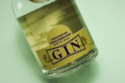Nuthatch Original Gin 2cl & Mixer