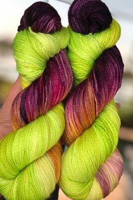 Keith's Orchid 820 - A Fluffy Silk Mohair