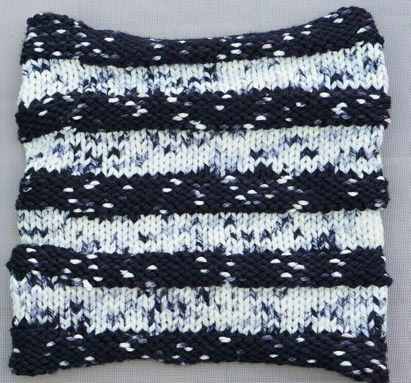 Black and White Ribbed Cowl Kit