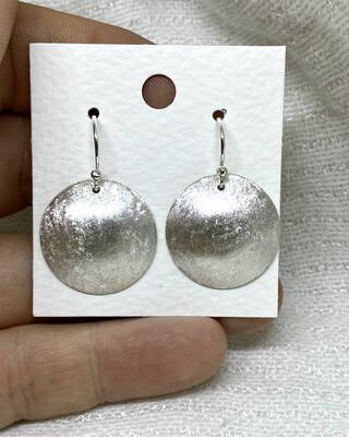 Håndlaget ørepynt I Sølv