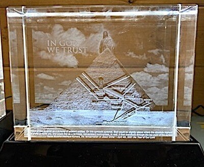 In God We Trust – Jesus & The Great Pyramid – 3D Crystal