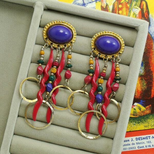 Серьги с разноцветными хвостиками