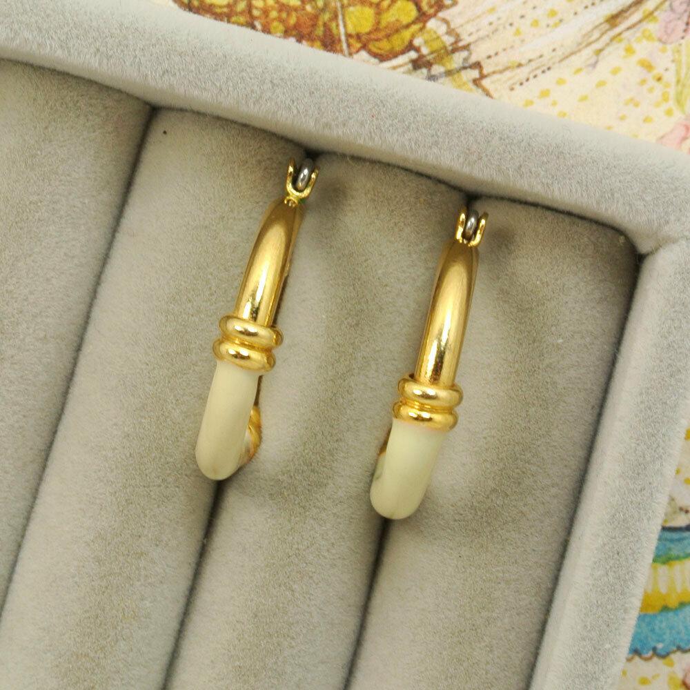 Серьги-колечки с белой эмалью