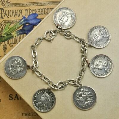 Браслет с монетками