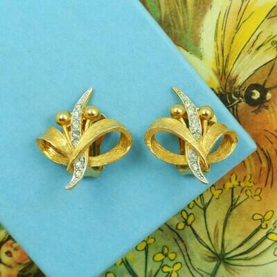 Золотистые клипсы с кристаллами