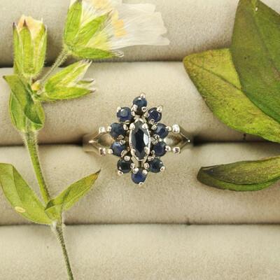 Серебряное кольцо с гематитом