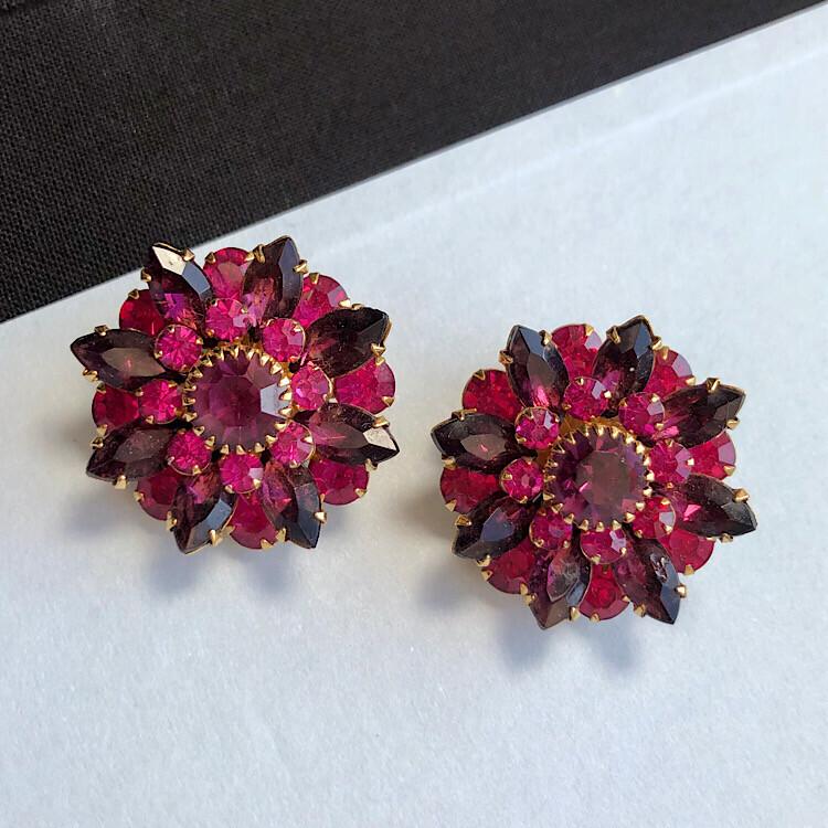 Винтажные клипсы-цветы Judy Lee с пурпурными кристаллами