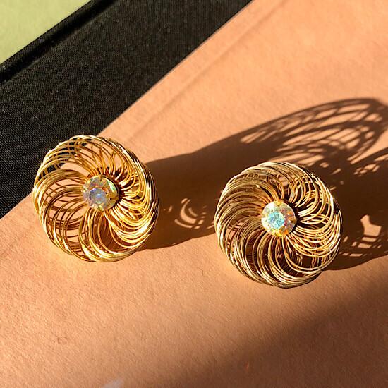 Волшебные клипсы Sarah Coventry, раскрывающиеся цветы