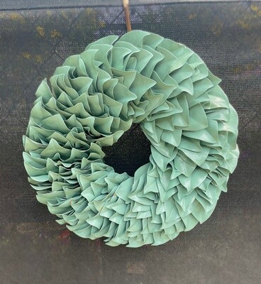 Seawashed Lacquer Wreath