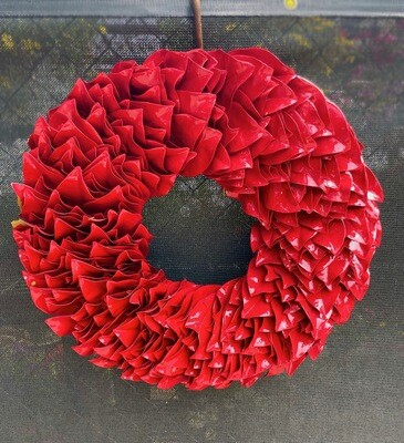 Red Lacquer Wreath