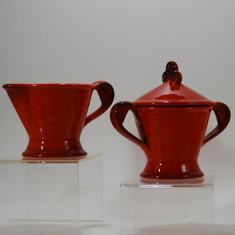 Metlox Poppytrail Red Rooster Red creamer and sugar bowl w/ lid