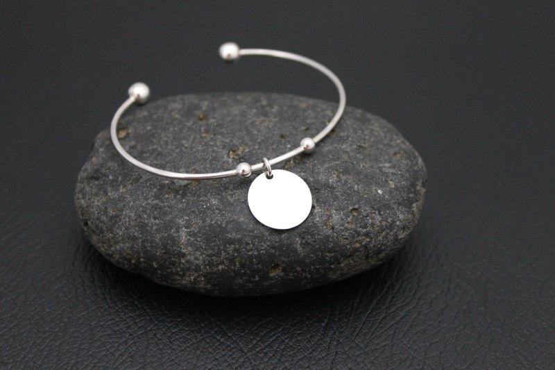 Simply Silver Bangle