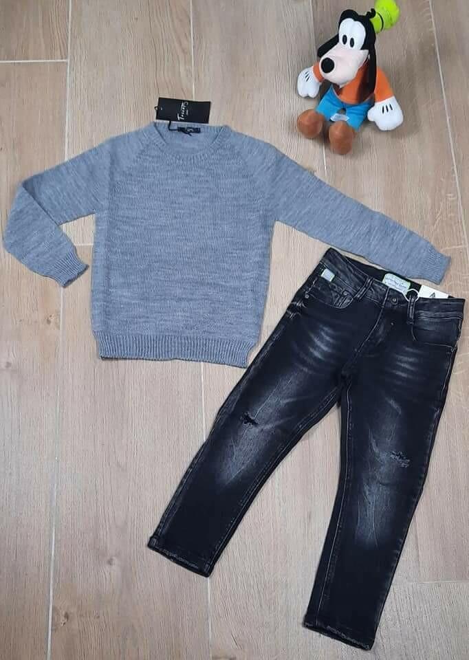 Completo bimbo maglioncino e jeans 3/4 anni
