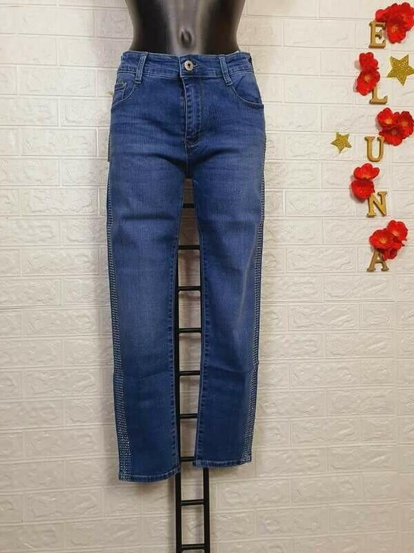 Jeans donna con cristalli