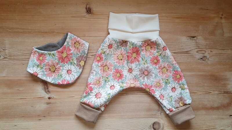 Pumphose Jerseyhose Mitwachshose Baby und Kinder mit Stoffauswahl mit oder ohne Lätzchen