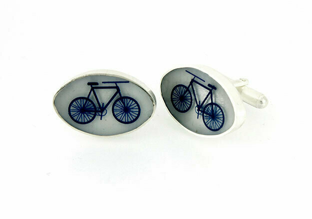 Oval bicycle cufflinks
