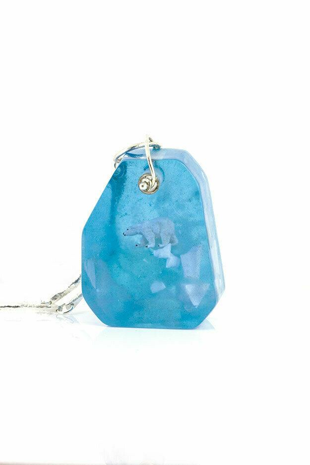 Polar bear shard necklace