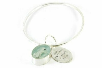 How much can a polar bear bangle