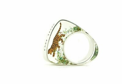 Easy tiger ring