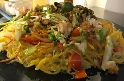 Pancit Mixed (egg noodle and vermicelli stir fry)