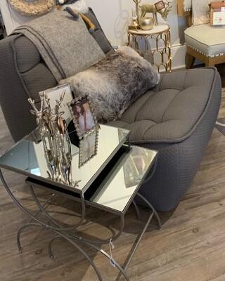 Sasufi  Lofty Trendy Armless Chair