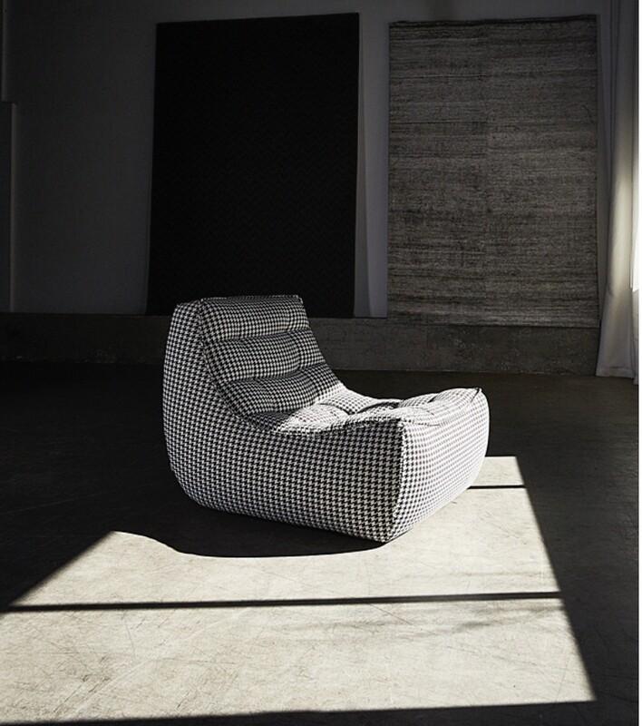 Sasufi Lofty Armless Chair - Multiple Configurations