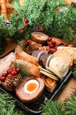 Ploughman's Platter (serves two)