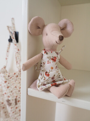 Mouse Apron